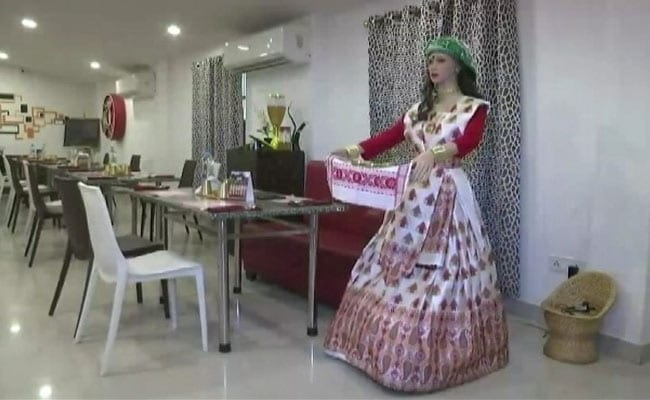 "Robot Waitress ""Palki"" A Crowd-Puller In This Assam Restaurant"