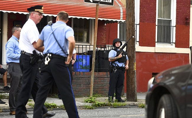 6 US Cops Injured In Shooting, 2 Trapped In House With Gunman Rescued