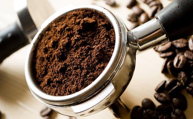 8 Amazing Coffee Scrubs To Keep Your Skin Flawless