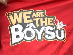 'We are the Boys' டி-சர்ட்டை Bigg Boss வீட்டிற்குள் பரிசாக அனுப்பிய சாண்டியின் மனைவி!