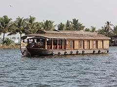 16 Jump Off From Houseboat In Kerala After It Catches Fire: Report