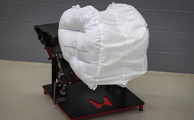 Honda Develops New Front Airbag Technology