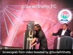 सुनील शेट्टी ने न्यूयॉर्क में किया ऐसा कारनामा, हर भारतीय को होगा गर्व- देखें Video