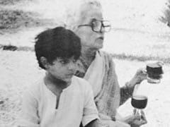 On Teji Bachchan's Birth Anniversary, A Priceless Pic From Shweta And Abhishek's Album