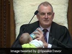 संसद में चल रही थी बहस, बच्चे को गोद में लिए दूध पिला रहे थे स्पीकर, Photo वायरल