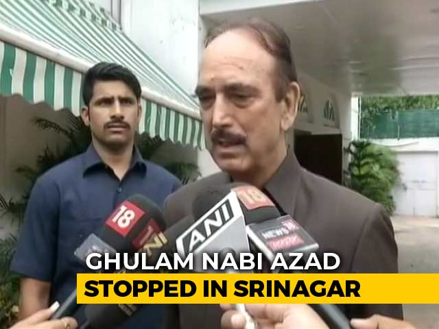 Video : Ghulam Nabi Azad Stopped At Srinagar Airport, To Be Sent Back