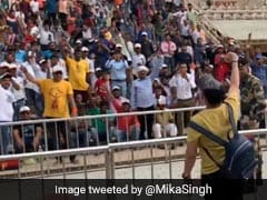 "On Camera, Mika Singh Chants <i>""Bharat Mata Ki Jai""</i> At Attari-Wagah Border"