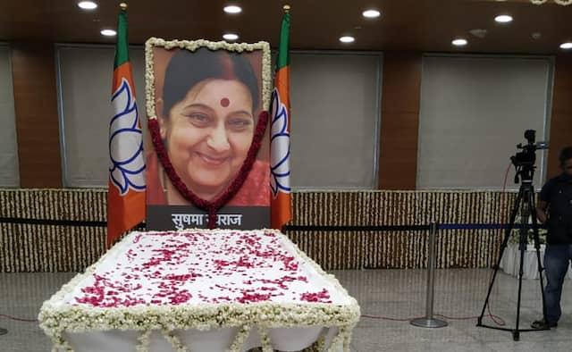 Sports Fraternity Pays Tribute To Sushma Swaraj In Social Media