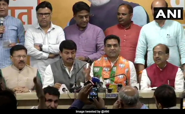Rebel AAP Leader Kapil Mishra, Disqualified By Delhi Speaker, Joins BJP