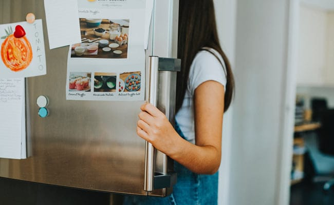 Viral: Teen Claims She Used Smart Fridge To Tweet ? But Did She Really?