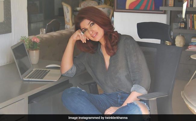 The Body Part That Helped Twinkle Khanna Get Good Reviews In Baadshah