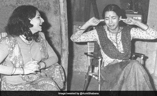 Shabana Azmi Throwback Pic, Starring Sharmila Tagore, Is So Namkeen