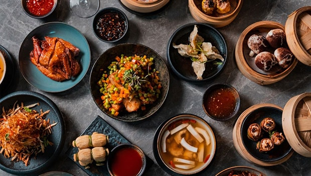 The Hong Kong Club's Sunday Brunch Is A Feisty Mix Of Cantonese Delicacies, Cocktails And Live Music