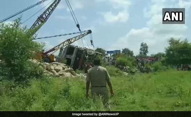 16 Killed As Speeding Truck Collides With Tempo, Van In UP's Shahjahanpur