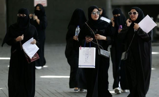 Saudi Arabia allows women to travel without male guardians