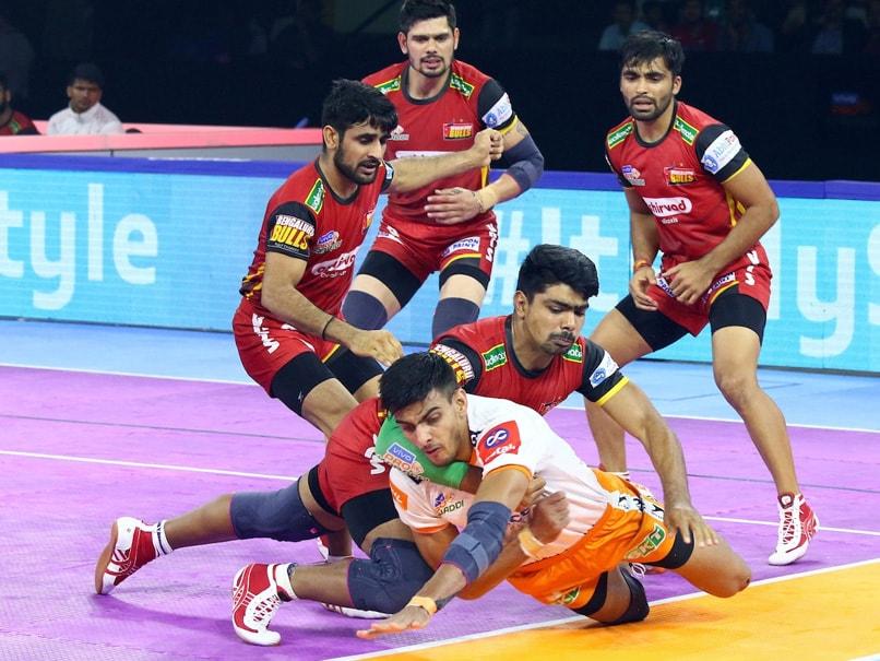 PKL 7: Puneri Paltan Thrash Bengaluru Bulls, Jaipur Pink Panthers Edge Tamil Thalaivas