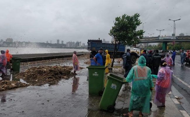 High Tide Heaps Trash Along Mumbai's Marine Drive, 25 Tonnes Cleared