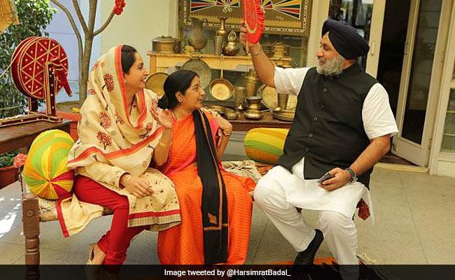 'Lost An Elder Sister': Harsimrat Kaur Badal's Tribute To Sushma Swaraj