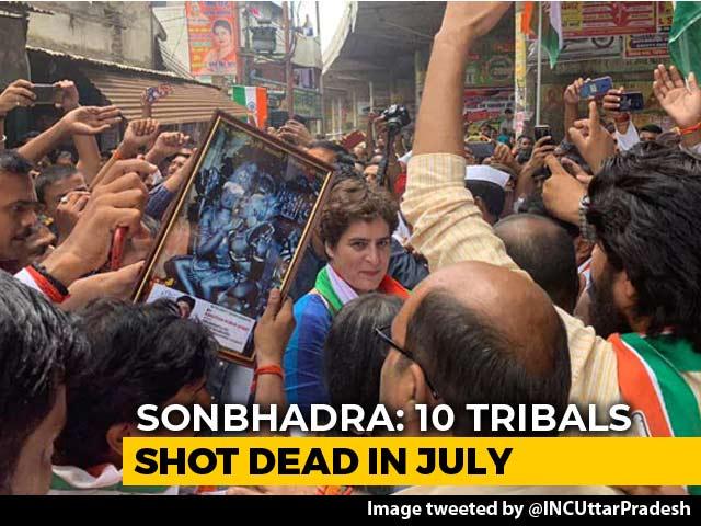 Video : Priyanka Gandhi Visits UP Village Where 10 Were Killed In Shootout