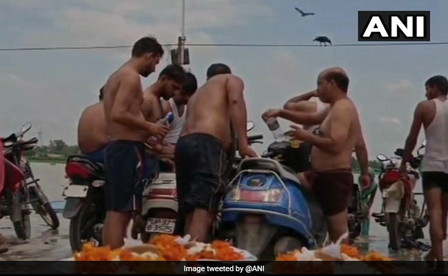 Kanwar Pilgrims Seen Drinking Alcohol In UP Despite Restrictions: Police