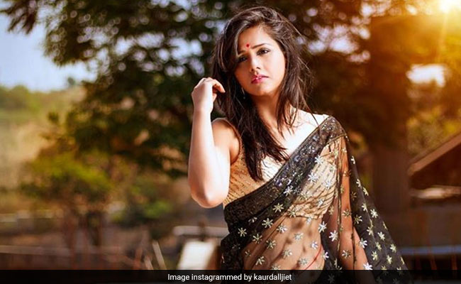 TV Star Dalljiet Kaur, 'Pro At Playing Bad,' Is A-OK With Hate Mail