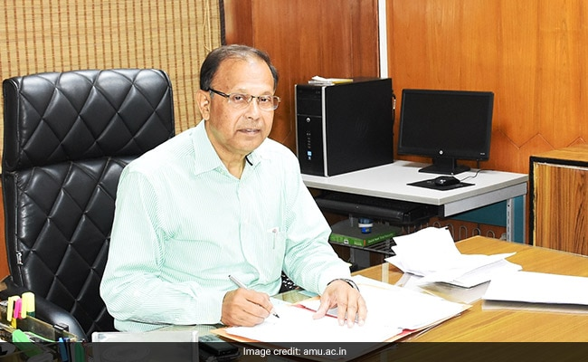 Prof Akhtar Haseeb Joins As New AMU Pro-Vice Chancellor