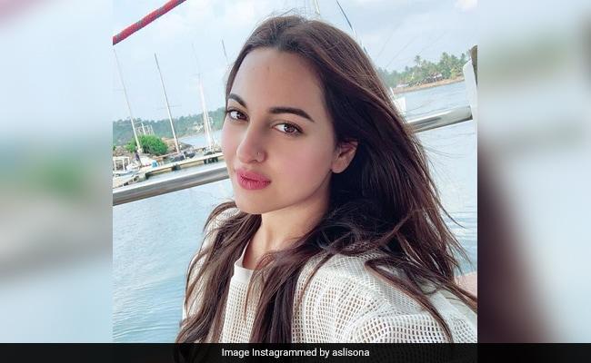Sonakshi Sinha Clarifies After '#AsliSonaArrested' Trend Leaves Twitter Confused