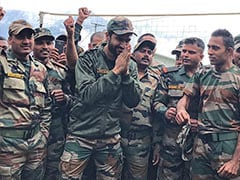 Vicky Kaushal Is Having The Time Of His Life With Soldiers At Indo-China Border
