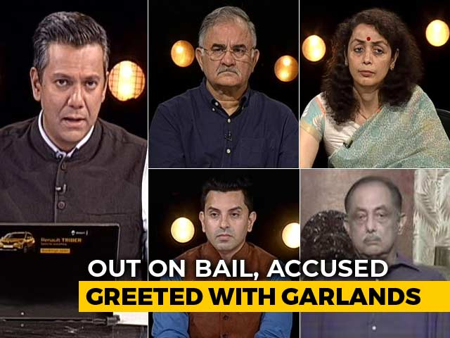 """Video : Men Accused In Cop Killing Case Garlanded. UP Government Says """"No Big Deal"""""""
