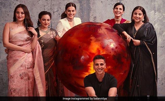 Team Mission Mangal Take A Leap From 'Antariksh To Antakshari'. Watch Viral Video