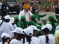 Watch: PM Modi 'Mobbed' By Schoolchildren After Independence Day Speech