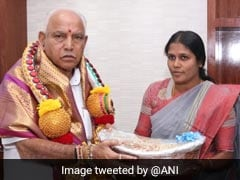 Bengaluru Mayor Wraps BS Yediyurappa's Gift In Plastic, Told To Pay Fine