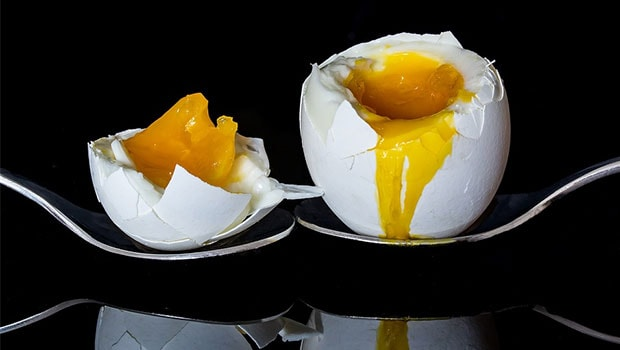 Cooking Hack Gone Wrong: Microwaved Eggs Explode In Woman's Face Burning Her Skin