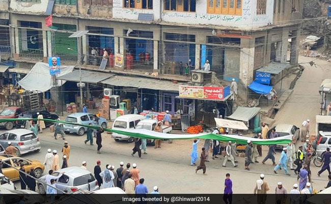 पाकिस्तान में हिंदू समुदाय के प्रधानाचार्य के खिलाफ ईशनिंदा का मामला दर्ज, सिंध में भड़के दंगे