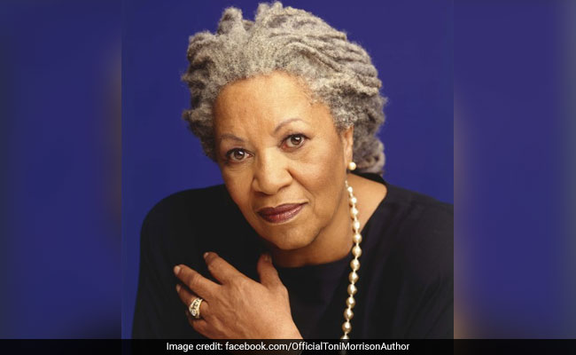 Nobel laureate, Lorain native Toni Morrison passes away at 88