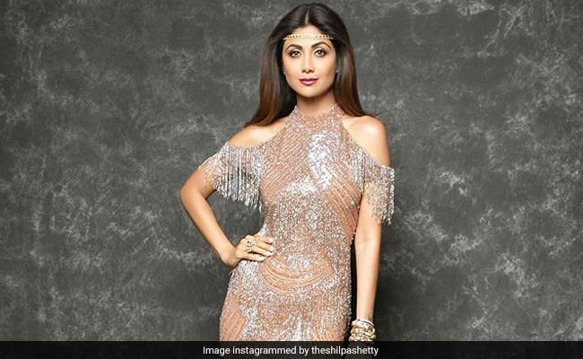 Shilpa Shetty's Latest Sunday Binge Was A Perfect Mix Of Healthy & Tasty; Guess Who Joined Her This Time