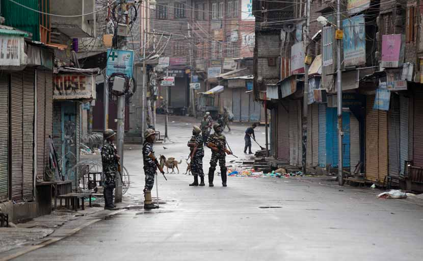 For J&K's Split With Ladakh, Centre To Form Panel To Divide Officers