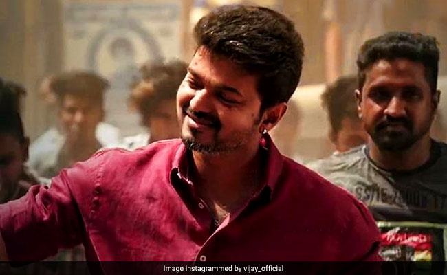 Bigil: Tamil Star Vijay Gifts Gold Rings To 400 Team Members