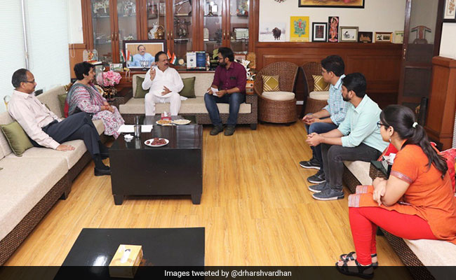 AIIMS Doctors Call Off Strike After Meeting With Health Minister Harsh Vardhan