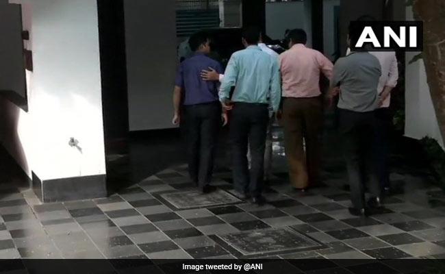 CBI Team Visits P Chidambaram's Delhi Home Hours Before Top Court Hearing