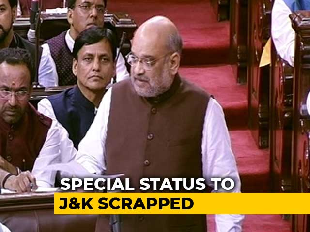 "Video : Jammu & Kashmir Special Status Under Article 370 Ends ""At Once"""