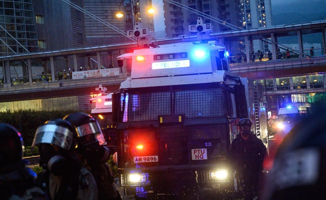 Hong Kong Cops Use Gun, Water Cannon Against Protesters For First Time