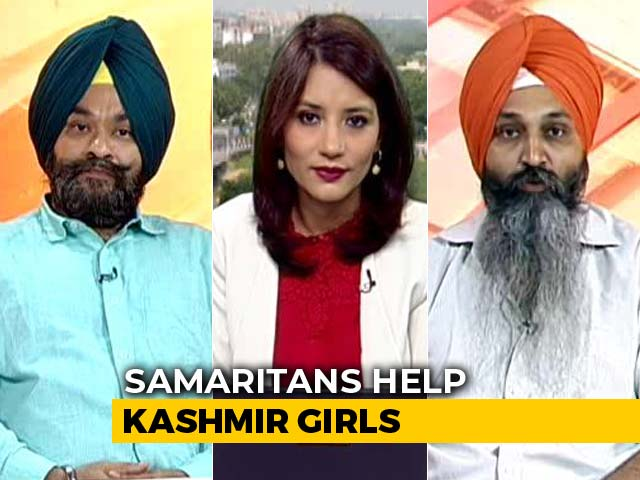 Video : 3 Samaritans Help Kashmiri Girls To Return To Their Homes