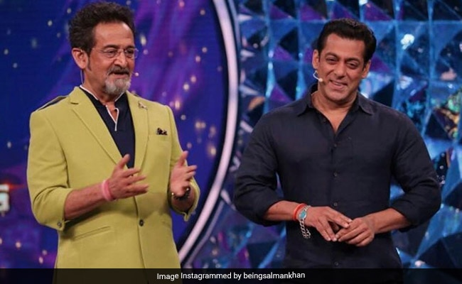 Salman Khan Posts Birthday Wish For Dabangg Co-Star Mahesh Manjrekar