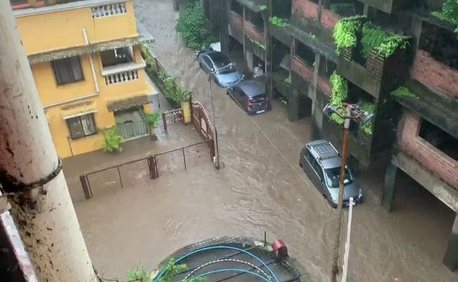 Live Updates: Weather Department Predicts Heavy Rainfall To Continue In Mumbai