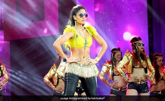 'Don't Want You Tripping': Arjun Kapoor Trolls Katrina Kaif For Wearing Sunglasses At Night