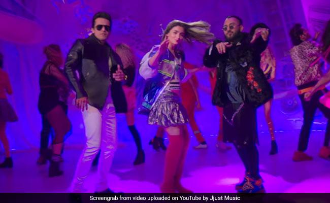 When Prada Girl Alia Bhatt Made The Doorbeen Singers 'Nervous'