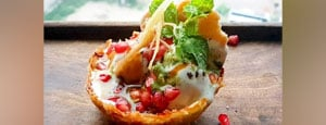 How To Make Aloo Lachha Tokri Chaat At Home