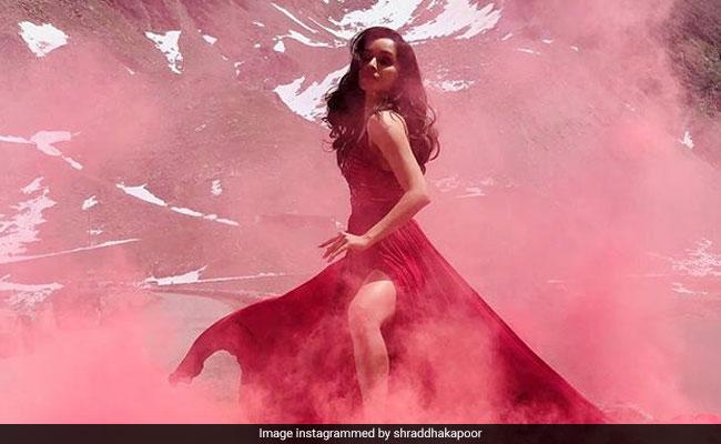Arjun Kapoor Trolls Shraddha Kapoor For Saaho Pic (Katrina Kaif Isn't His Only Target)