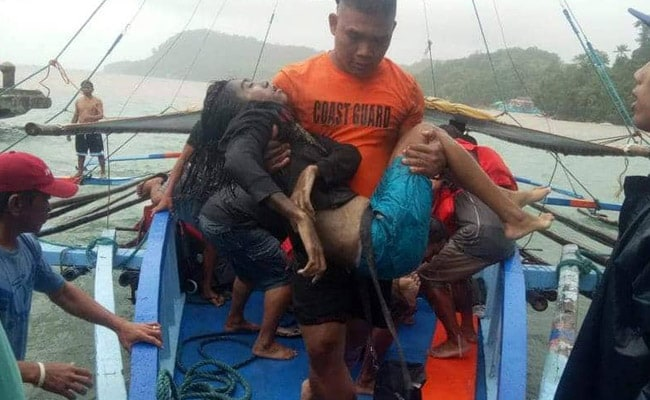25 Dead After Three Boats Sink Off Philippines Coast